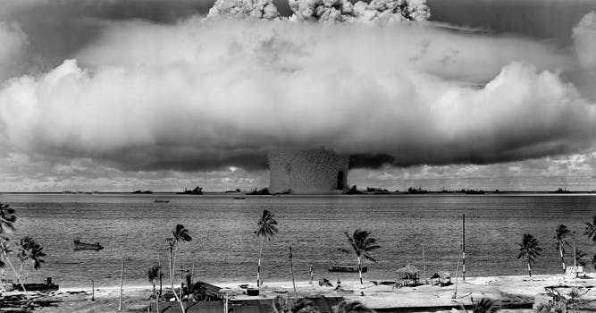 """Review of John Scales Avery's book """"Nuclear Weapons: An Absolute Evil"""""""